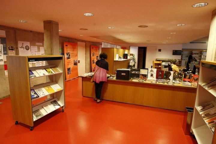 Biblioteca Julià Cutiller