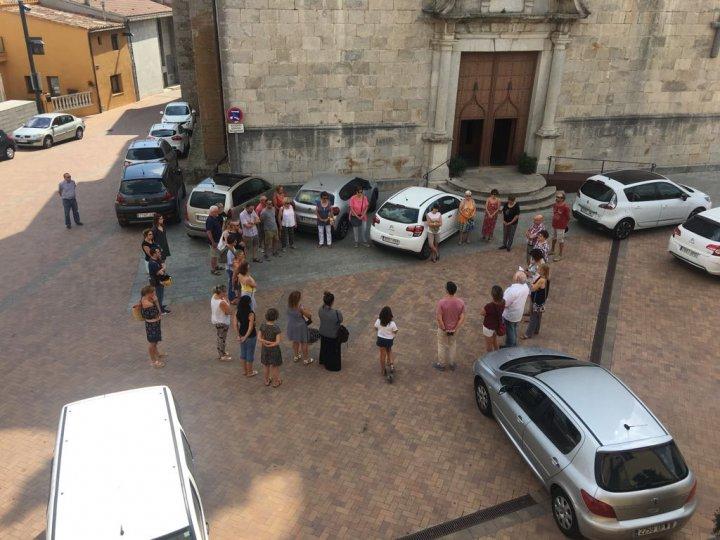 Llagostera recorda les víctimes dels atemptats a Barcelona i Cambrils