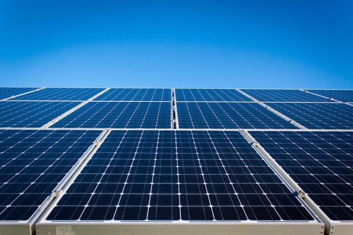 Llagostera disposarà d'una instal·lació fotovoltaica d'autoconsum a la biblioteca municipa