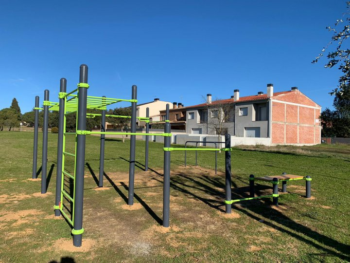 Nou espai per a la pràctica d'street workout i calistènia