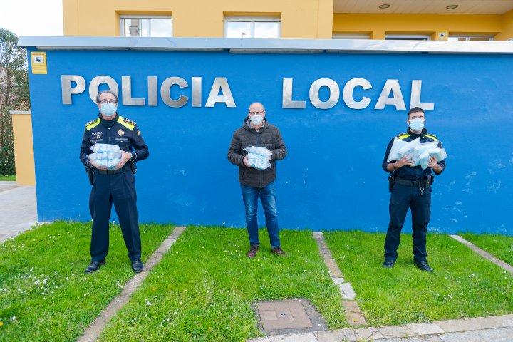 Donació de 1.000 mascaretes sanitàries a la Policia Local de Llagostera
