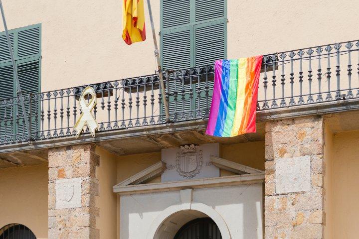 Dia Internacional de la lluita contra l'Homofòbia, la bifòbia i la transfòbia